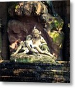 Luxembourg Park Lovers Metal Print