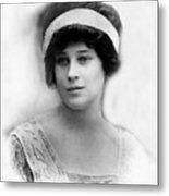Madeleine Astor 1893-1940, Wife Of John Metal Print by Everett