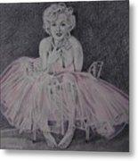 Marilyn In Pink Metal Print