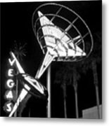 Martini Sign In Vegas B-w Metal Print
