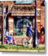 Metuchen Nj - Bicyclists On Main Street Metal Print