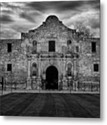 Moody Morning At The Alamo Bw Metal Print
