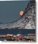 Moonrise In Reine Metal Print