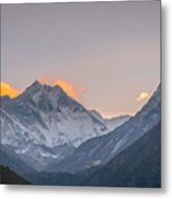 Mt Everest In The Morning Metal Print