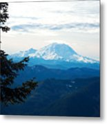 Mt Rainier And Lenticular Cloud Metal Print
