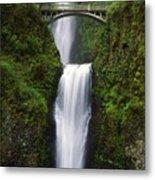 Multnomah Falls, Oregon, Usa Metal Print