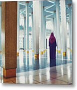 Muslim Woman Dressed In The Traditional Islam Clothing Standing Inside National Mosque In Malaysia Metal Print