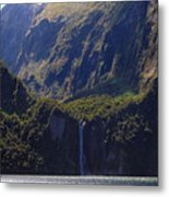 New Zealand Stirling Falls In Hanging Valley Metal Print