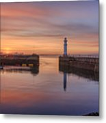 Newhaven Harbour In The Gloaming Metal Print