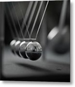 Newton's Cradle In Motion - Metallic Balls Metal Print