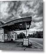 Old Auto Garage In Ellershouse Metal Print