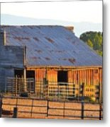 Old Barn At Sunset Metal Print