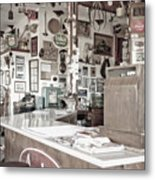 Old Fashioned Diner Metal Print by Dave & Les Jacobs