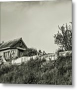 Old House On The Hill Metal Print