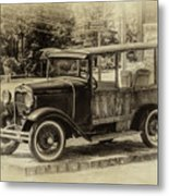 Old Jalopy In Wiscasset Metal Print