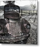 Old Truck In Napa Valley Metal Print