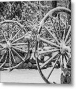 Oo Wagon Wheels Black And White Metal Print