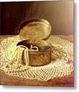 Open Jewelry Box With Pearls Metal Print