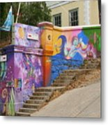 Painted Walls In Valparaiso Metal Print