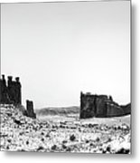 Park Avenue At First Light - Arches National Park Metal Print