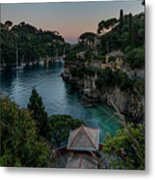 Portofino Pink House In The Wood And The Round Table Metal Print
