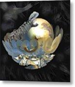 Pearl Egg Lizard Metal Print