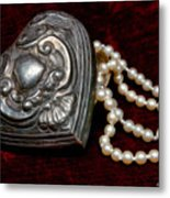 Pearls From The Heart Metal Print