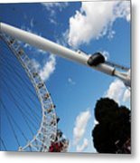 Pillar Of London S Ferris Wheel  Metal Print