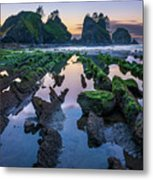 Point Of The Arches Metal Print