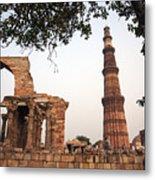 Qtub Minar, New Delhi India Metal Print