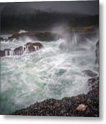 Raging Waves On The Oregon Coast Metal Print