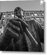Red Auerbach Chilling At Fanueil Hall Black And White Metal Print