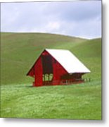 Red Barn In Spring Metal Print