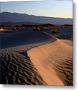 Red Dunes Metal Print