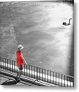 Red Shirt, Black Swanla Seu, Palma De Metal Print