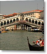 Rialto Bridge In Venice With Gondola Metal Print