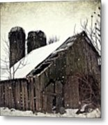 Rickety Old Barn Metal Print by Stephanie Calhoun