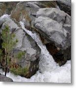 Rio Bonito Falls Metal Print