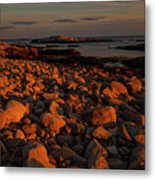 Rocky Shoreline And Islands At Sunset Metal Print