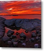 Rocky Shoreline At Sunset Metal Print