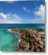 Rocky Shoreline On The Beach At Atlantis Resort Metal Print