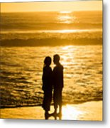 Romantic Beach Silhouette Metal Print