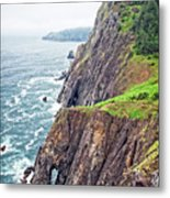Rugged Oregon Coast On A Foggy Day Metal Print