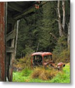 Rusted Truck Metal Print by Barry Culling