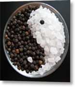 Salt And Pepper Yin And Yang Metal Print by Lindie Racz