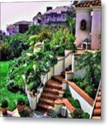 San Clemente Estate Backyard Metal Print by Kathy Tarochione