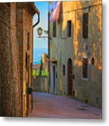 San Gimignano Alley Metal Print
