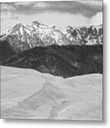 Sangre De Cristo Mountains And The Great Sand Dunes Bw Metal Print