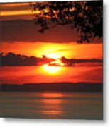 Setting Sun On The Bay Of Fundy Metal Print
