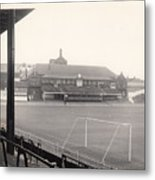 Sheffield United - Bramall Lane - Cricket Pavilion 1 - Bw - 1960s Metal Print